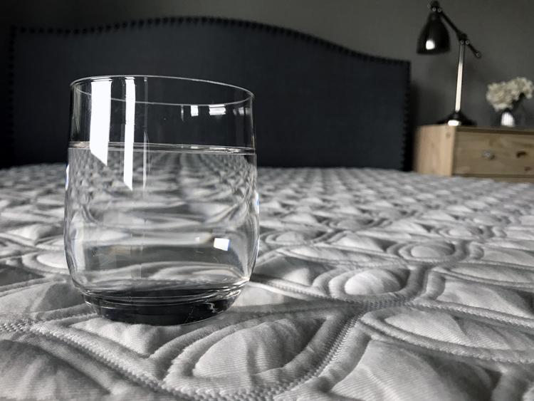 cocoon-mattress-glass